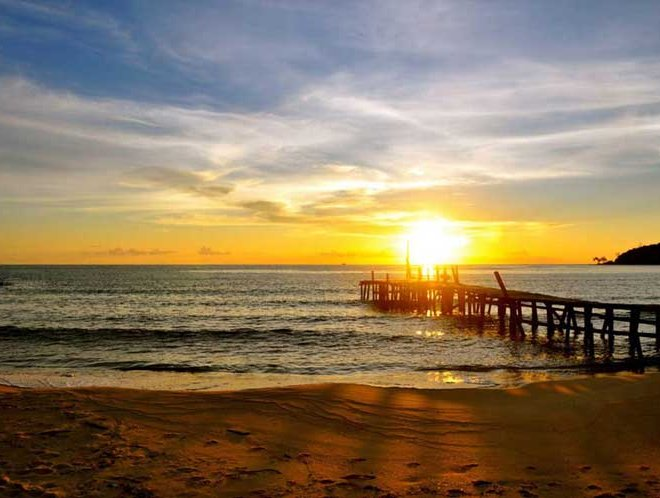 Sunset-on-Lazy-Beach-Koh-Rong-Samloem-small