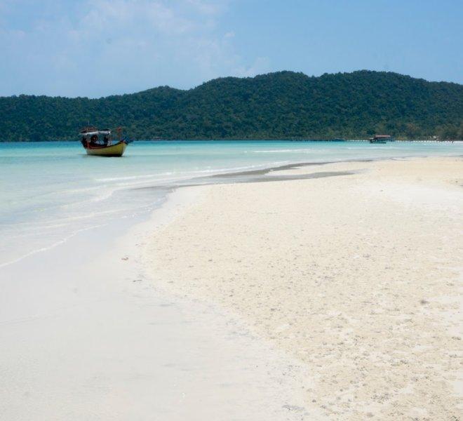 holiday-palace-resort-koh-rong-island-02