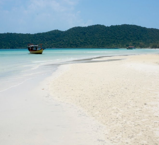 holiday-palace-resort-koh-rong-island-02